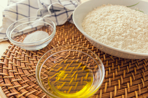 Natural and healthy ingredients prepared for cookingの写真素材 [FYI03758092]