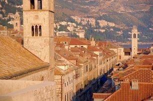 Monastery tower, The Stradun, Dubrovnikの写真素材 [FYI03759633]