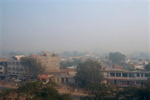 Smog in the winter weather, Agra, Uttar Pradesh stateの写真素材 [FYI03759956]