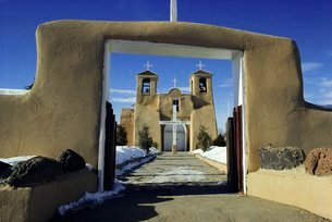 Mission San Francisco de Asis, Ranchos de Taos, New Mexico, USAの写真素材 [FYI03760019]
