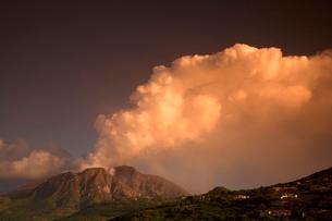 Soufriere hills Volcano, Montserrat, Leeward Islands, Caribbeanの写真素材 [FYI03760814]