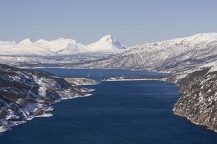 Rombakfjord from Ofoten railway, Narvik, Nordland, Norway, Scandinaviaの写真素材 [FYI03760872]