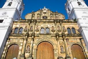 Metropolitan Cathedral, Independence Plaza (Main plaza), Casco Viejo, Panama City, Panamaの写真素材 [FYI03761001]