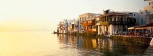 Little Venice at sunset, Mykonos Town, Mykonos, (Mikonos), Greek Islandsの写真素材 [FYI03761135]