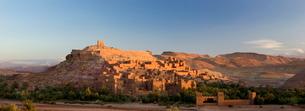 Kasbah Ait Benhaddou, backdrop to many Hollywood epic films, near Ouarzazateの写真素材 [FYI03761376]