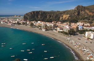 Calahonda beach, Andaluciaの写真素材 [FYI03761596]