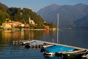 San Mamete, Lake Lugano, Lombardy, Italian Lakesの写真素材 [FYI03761626]