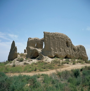 Igit-Kala fortress dating from the 6th century AD, Old Merv, Turkmenia, Turkmenistanの写真素材 [FYI03761813]