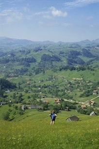 View over Carpathian village of Magura, Transylvania, Romaniaの写真素材 [FYI03761817]