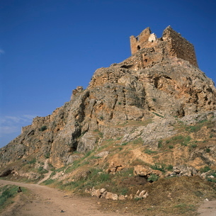 Qalaat Shaizar, an Arab castle dating from the 12th century AD, a major centre of resistance againstの写真素材 [FYI03761854]