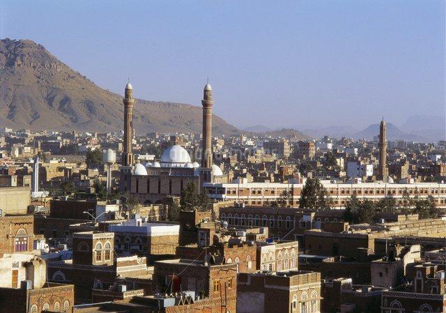 Cityscape of Sanaa, Yemen, Middle Eastの写真素材 [FYI03761982]