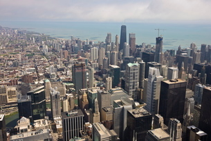 Aerial view of city skyline and Lake Michigan, looking North, Chicago, Illinois'の写真素材 [FYI03762074]