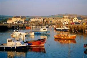 The harbour, West Bay, Dorsetの写真素材 [FYI03762169]