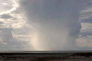 Heavy rain over Etosha National Park, Namibiaの写真素材 [FYI03762272]