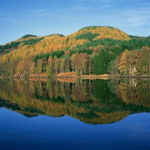 Loch Tummel, Scotlandの写真素材 [FYI03762377]