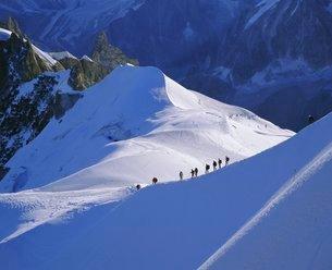 Mont Blanc range near Chamonix, French Alps, Haute-Savoieの写真素材 [FYI03762520]