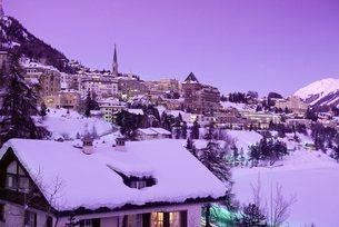 St. Moritz in winter, Graubunden regionの写真素材 [FYI03762710]