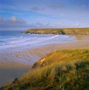 Holywell Bay, near Newquay, Cornwallの写真素材 [FYI03762748]