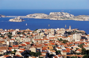 Views of Chateau D'if and Frioul Island, Marseilleの写真素材 [FYI03762774]