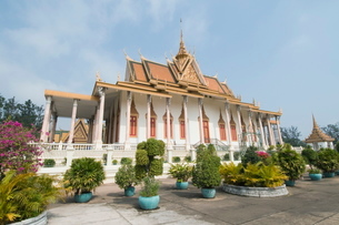 The Throne Hall, The Royal Palace, Phnom Penh, Cambodia, Indochina, Southeast Asiaの写真素材 [FYI03763065]
