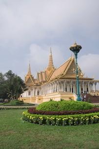 The Throne Hall, The Royal Palace, Phnom Penh, Cambodiaの写真素材 [FYI03763089]