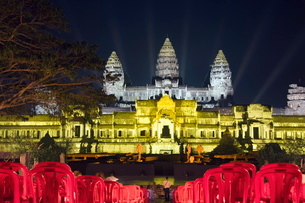 Angkor Wat Temple, at night, lit for a special light show, Siem Reap, Cambodia, Indochina, Southeastの写真素材 [FYI03763110]