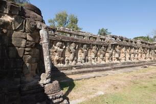 Elephant Terrace, Angkor Thom, Siem Reap, Cambodiaの写真素材 [FYI03763162]