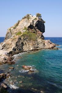 Church of Agios Ioannis, used in the film Mamma Mia for the wedding scene, Skopelos, Sporades Islandの写真素材 [FYI03763336]