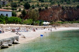 Kalkan public beach, Kalkan, a popular tourist resort, Antalya Province, Anatolia, Turkey Minor, Eurの写真素材 [FYI03763582]