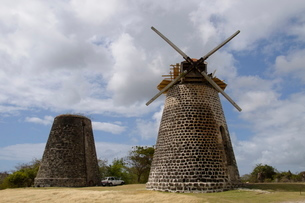 Betty's Hope Sugar mill, Antigua, Leeward Islands, Caribbeanの写真素材 [FYI03763640]