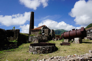 Derelict old sugar mill, Nevis, St. Kitts and Nevis, Leeward Islands, Caribbeanの写真素材 [FYI03763788]