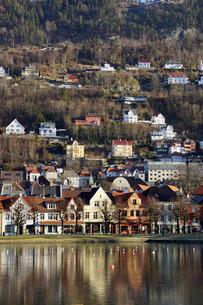 Lille Lungegard lake, Bergen, Norway, Scandinaviaの写真素材 [FYI03763924]