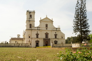 Se Cathedral, thought to be Asia's biggest church, Old Goa, Goaの写真素材 [FYI03764028]