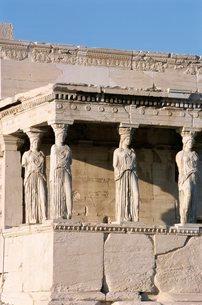 Portico of the Caryatids, Erechtheion, Acropolis, Athensの写真素材 [FYI03764575]
