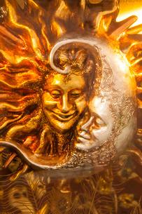Moon and Sun carnival mask decorations, Venice, Venetoの写真素材 [FYI03764681]