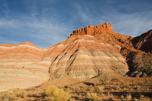 Cliffs at sunset, Paria Movie Set, Grand Staircase-Escalante National Monument, near Page, Arizona'の写真素材 [FYI03764730]