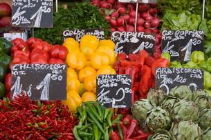 Naschmarkt, Vienna, Austriaの写真素材 [FYI03764740]