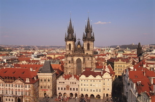 Czech Republic, Prague, Old Town Square, Church of Our Lady before Tynの写真素材 [FYI03765178]