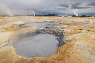 Namaskard thermal area, Hverarond, near Lake Myvatn, North area, Icelandの写真素材 [FYI03765202]