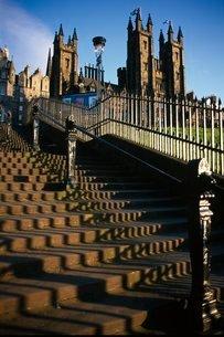 Playfair steps and Parliament, Edinburgh, Scotlandの写真素材 [FYI03765245]