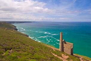 Wheal Coates, abandoned disused Cornish tin mine, near St. Agnes, North Cornwallの写真素材 [FYI03765319]