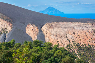 View of Gran Cratere and Finicudi Island, Vulcano Island, Aeolian Islands, north of Sicilyの写真素材 [FYI03765564]