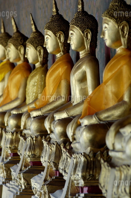 Wat Arun (Temple of the Dawn), Bangkok, Thailand, Southeast Asiaの写真素材 [FYI03765851]