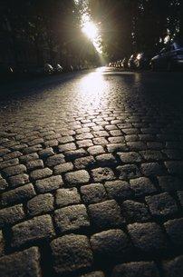 Cobbles, Montmartre, Parisの写真素材 [FYI03766113]