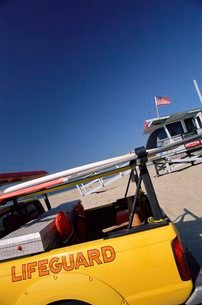 Lifeguard equipment, Venice Beach, Los Angeles, California, USA'の写真素材 [FYI03766197]