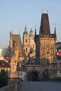Charles Bridge,  Prague, Czechoslovakian Republicの写真素材 [FYI03766331]