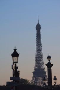 Eiffel Tower, Evening, Parisの写真素材 [FYI03766410]