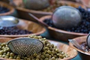 Olives, Market, St Tropezの写真素材 [FYI03766427]