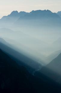 Sunrise, Dolomitesの写真素材 [FYI03766587]