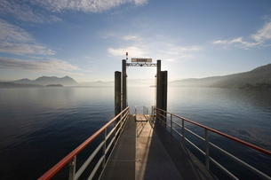 Pier, Baveno, Lake Maggiore, Piedmont, Italian Lakesの写真素材 [FYI03766696]